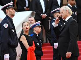 Who convinced on the red carpet in Cannes