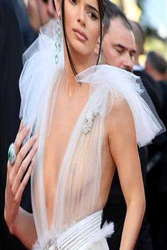 Cannes's Most Beautiful Evening: Kendall Jenner's Pink Dress Drops Your Chin - World Star | Femina