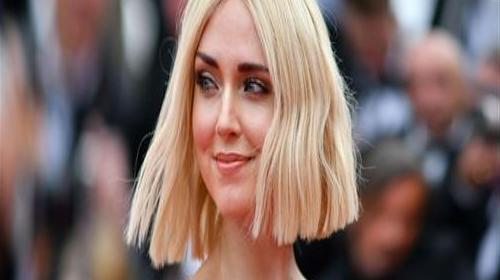 A header in Cannes, Chiara Ferragni looks like this